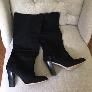 Banana republic suede slouchy heeled boots size 6